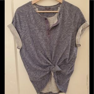 Vince blue heathered henley top